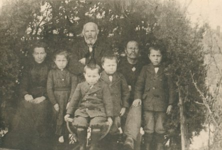 Ferdinand Kaes with More Grandchildren